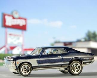 Fast Food, Fast Cars 9