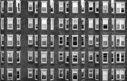 80 Windows