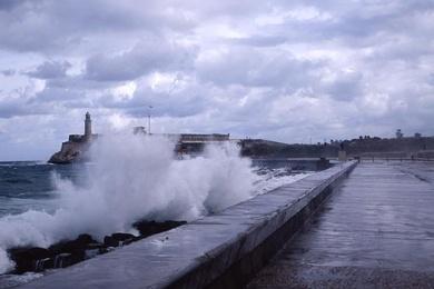 Crashing Waves, Cuba