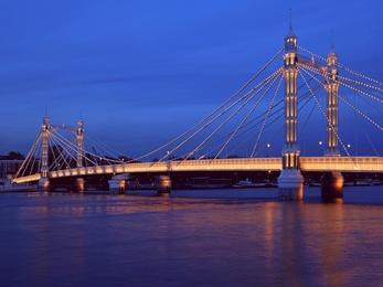 Albert Bridge in the Blue Hour