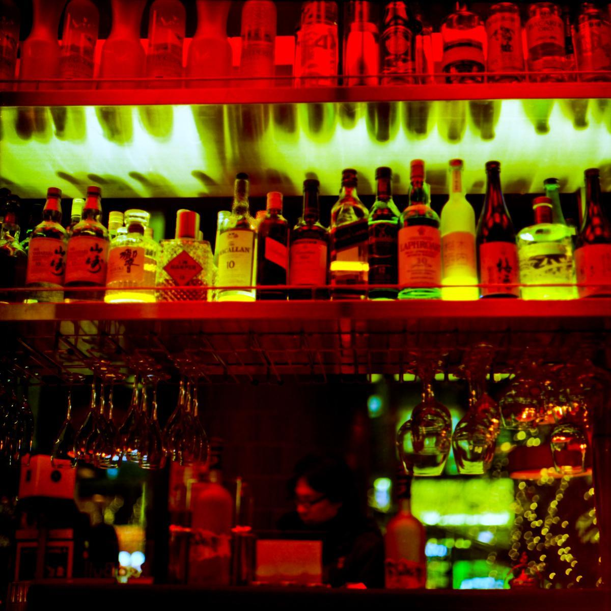 Bar in Japan - Ontoshiki Photography