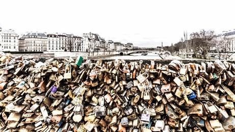 Love Locks and La Seine - Paris
