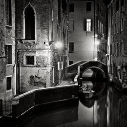 Ten Past Midnight, Venice