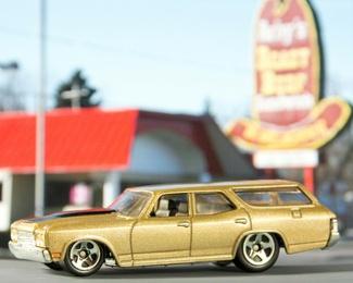 Fast Food, Fast Cars 10