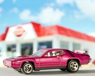 Fast Food, Fast Cars 7